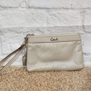 Coach | Small Leather Wristlet with C Monogram